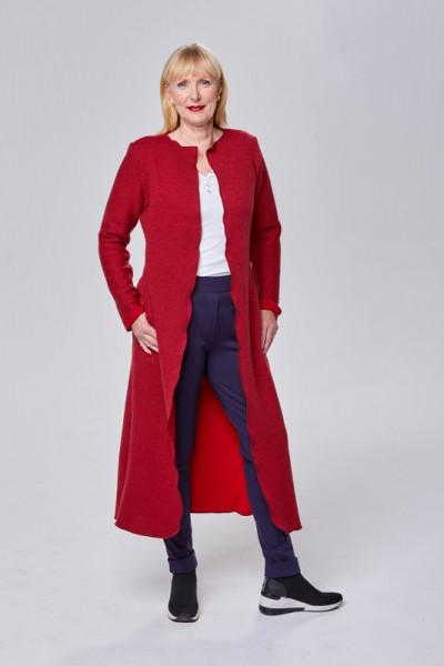 Langer Mantel aus feiner Merinowolle in rot