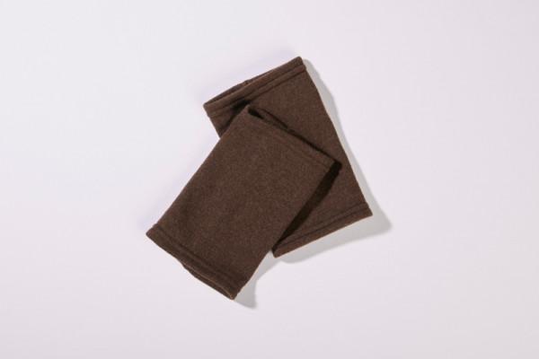 Stulpen aus 100% Merinowolle in Braun